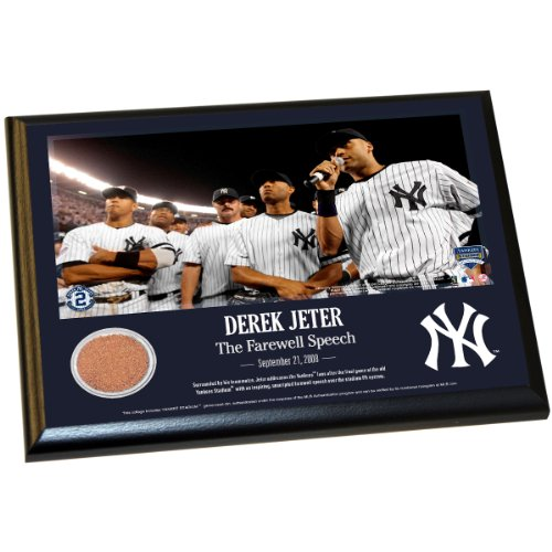 Derek Jeter Moments: Farewell Speech 8X10 Dirt Plaque front-637779