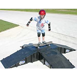 LandWave LW4PYR Pyramid Ramp - Set Of 4 Ramps And 1 Deck)
