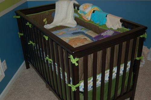 Child craft london euro style stationary crib for Child craft london crib instructions