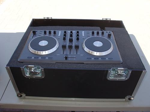 Numark MIXTRACK DJ Software Controller & Numark Mixtrack PRO DJ Software Control