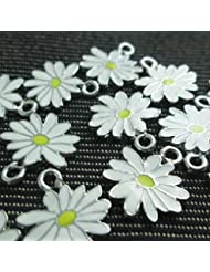 Np Supplies 12 Little White Yellow Daisy Flower Charms Enamel Charm Pendant (NS298)