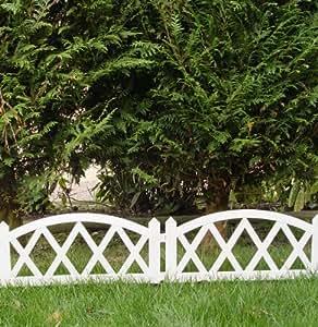 cl ture basse de jardin en pvc 2 40 x m barri re. Black Bedroom Furniture Sets. Home Design Ideas