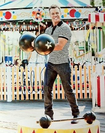 Matt Damon Autographed Signed Muscle Man 11x14 Photo PSA DNA