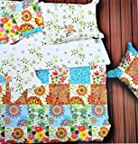 Hashcart Abstract Design With Double Shade Cotton Double Bedsheet with 2 Pillow Covers