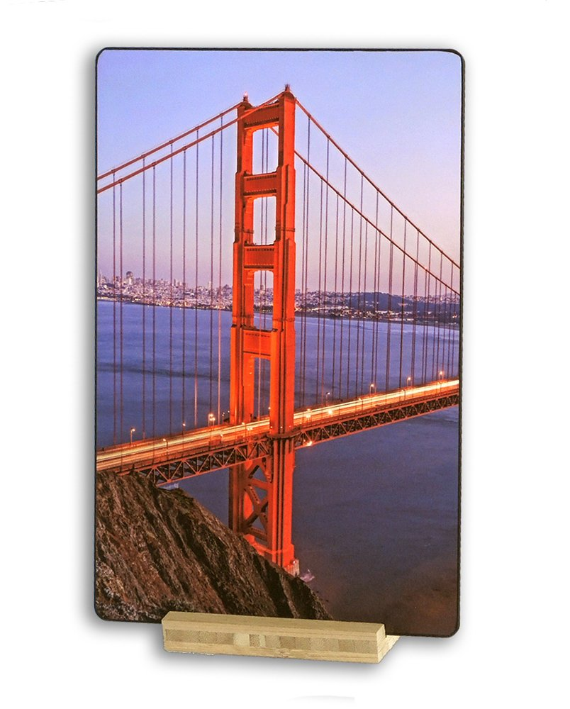 http://www.amazon.com/Golden-Bridge-Headlands-Francisco-California/dp/B00T3P043Q/ref=sr_1_16?ie=UTF8&qid=1423373276&sr=8-16&keywords=wcm+photography