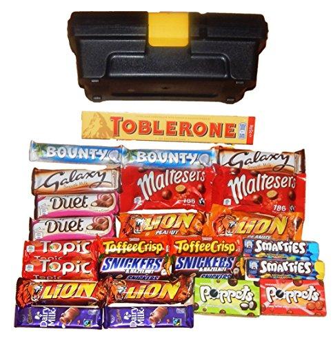 chocolate-hamper-gift-box-the-chocolate-toolbox25-x-bars-of-cadbury-nestle-mars-chocolate-inc-1-x-la