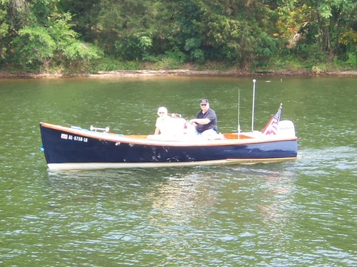 """How to Build the Ocean Pointer: A Strip-Built 19'6"""" Outboard Skiff"""