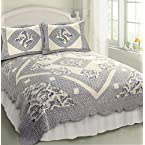 Blue Toile Quilt - Queen