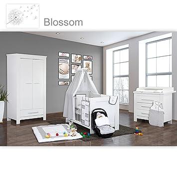 Babyzimmer Enni in weiss 19 tlg. mit 2 turigem Kl. + Textilien Blossom in der Farbe weiß / grau