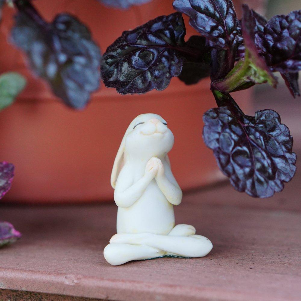 Top Collection Miniature Fairy Garden & Terrarium Yoga Bunny in Seated Namaste Pose Statue, Small