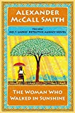 img - for The Woman Who Walked in Sunshine: No. 1 Ladies' Detective Agency (16) (No. 1 Ladies' Detective Agency Series) book / textbook / text book
