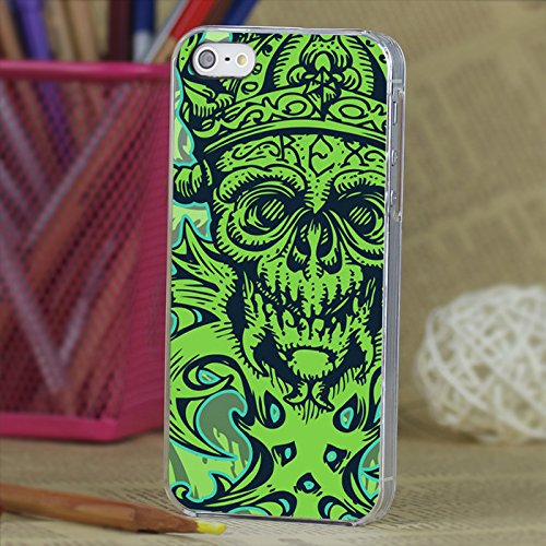 3D Embossed Feel Green Skull Pattern Pc Case for the Iphone 5 and 5s Design is textured
