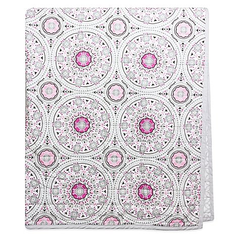 wendy-bellissimo-mix-match-medallion-quilt-in-pink
