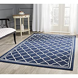 Safavieh Amherst Collection AMT422P Navy and Beige Indoor/ Outdoor Area Rug, 4 feet by 6 feet (4\' x 6\')