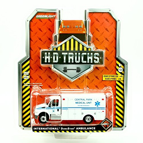 INTERNATIONAL DURASTAR AMBULANCE (Central Park Medical Unit) * HD Trucks Series 4 * Greenlight Collectibles 2015 Limited Edition 1:64 Scale Die-Cast Vehicle