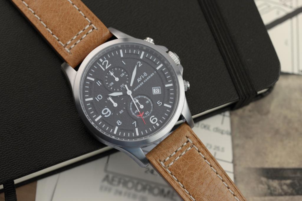 Amazon.com: AVI-8 Men's AV-4001-01 Hawker Harrier II Watch: Watches