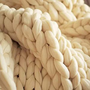 clootess Chunky Merino Wool Yarn Bulky Big Roving for DIY Hand Made Knit Blanket Throw - Beige 5 lbs (Color: Beige, Tamaño: 5 lbs)