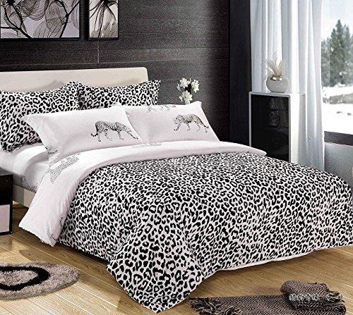 Giraffe Print Comforter Set front-1054749