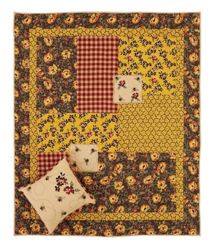 Cambrie Lane Quilted Throw front-643659