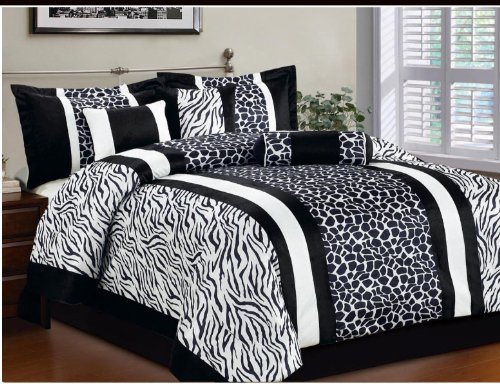 Giraffe Print Comforter Set front-1057492