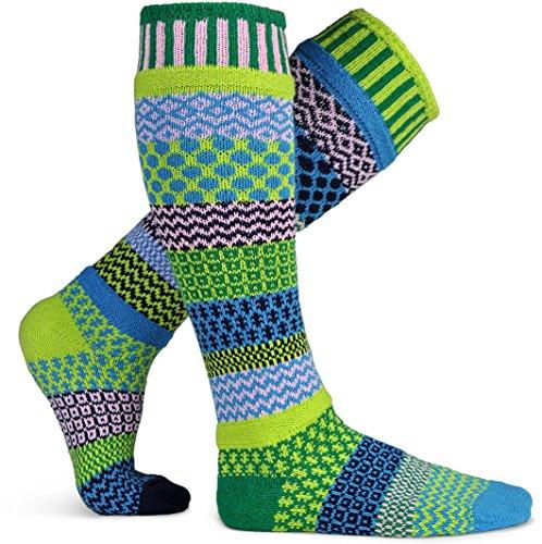 Solmate calzini-Odd o causati al ginocchio calze per donna o da uomo, in cotone riciclato realizzato con fili in USA Water Lily Knee High Medium