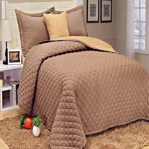 4 Pieces Microfiber Quilt Bedspread Set Queen Size (Taupe)