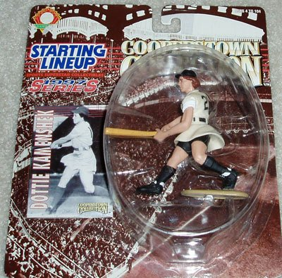 1996+-+Kenner+-+Starting+Lineup+-+MLB+-+Cooperstown+Collection+-+1997+Series+-+Dottie+Kamenshak+%2321+-+Legendary+Ladies+Baseball+-+Vintage+Action+Figure+-+w%2F+Trading+Card+-+Limited+Edition+-+Collectible