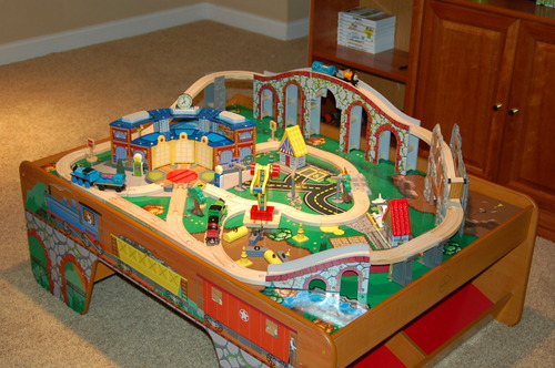 Thomas The Train Table With Storage Drawers - Listitdallas