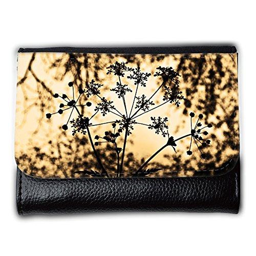 le-portefeuille-de-grands-luxe-femmes-avec-beaucoup-de-compartiments-m00157652-macro-planta-estacion