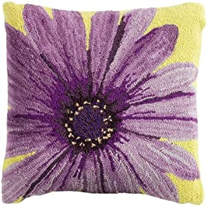 Amazon Com Hooked Flower Pillows 18 Quot Sq Purple Daisy