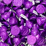 Hersheys Kisses Dark Chocolate Purple Wrapping 2 Pounds (Tamaño: 32 Ounces)