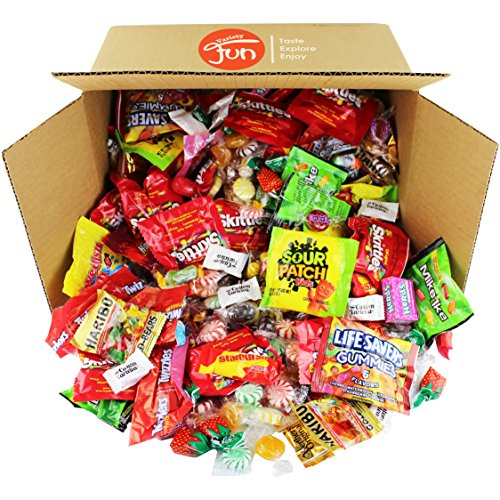 Halloween Candy Bulk Mix Assorted Classic Variety Pack (112 Oz) (Kettle Corn Mini Bags compare prices)