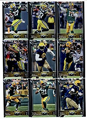 2015 Topps NFL Football Green Bay Packers Team Set: 25 Cards-Aaron Rodgers, Jordy Nelson, Eddie Lacy, Clay Matthews, Julius Peppers, Randall Cobb, James Starks, Ha Ha Clinton-Dix, Mason Crosby, Davante Adams, Green Bay Packers, John Kuhn, Ty Montgomery