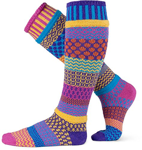 Solmate calzini-Odd o causati al ginocchio calze per donna o da uomo, in cotone riciclato realizzato con fili in USA Carnation Knee High Medium