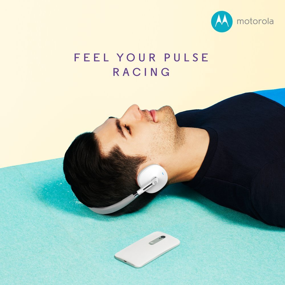 Amazon : Motorola S505 Moto Pulse Wireless On-Ear Headphone (Black-Chalk) @ Rs.1146/-