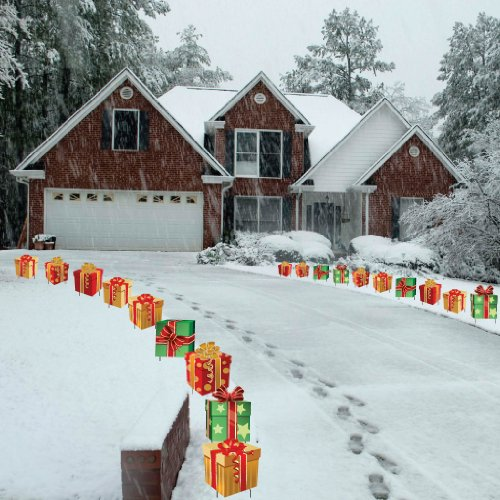 Christmas presents pathway markers set of 18 flat for Flat outdoor christmas decorations