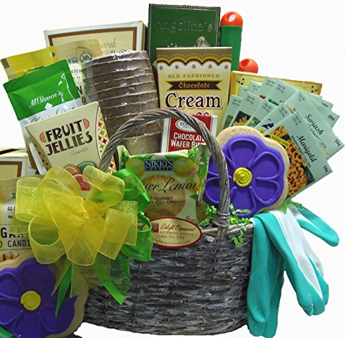 Garden gift basket ideas for Gardening tools gift basket