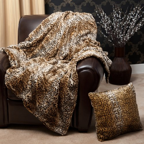 Our blankets include various designs and we also have a wide range of high quality blankets and throws.