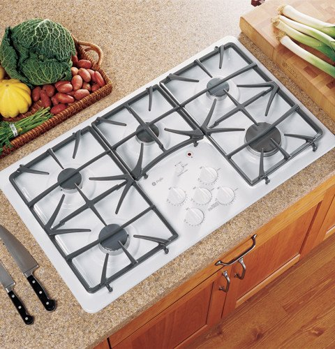 GE Profile : JGP975WEKWW 36 Gas Cooktop 5 Sealed Burners - White