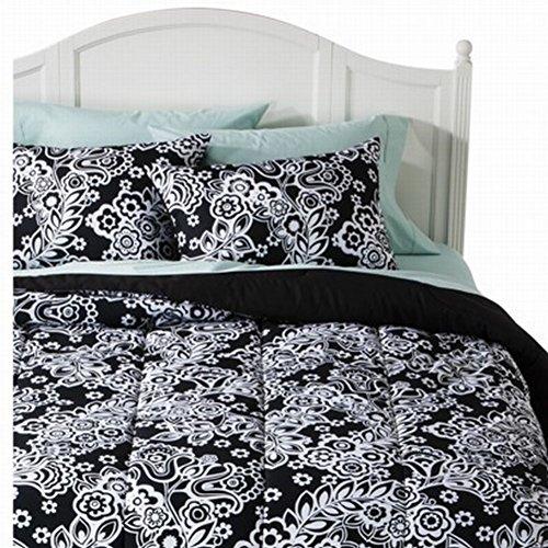 Xhilaration Full Queen Black Floral Damask Comforter Set With Shams Reversible front-555796