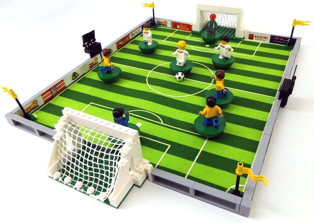 Brigamo 493 – Bausteine Fußball Stadion inkl. custom Nationalspieler aus Lego© Teilen jetzt kaufen