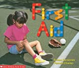First Aid (Emergent Reader) (Learning Center: Emergent Readers) (0439045908) by Canizares, Susan