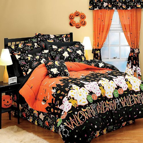 Halloween Haunted House Full Comforter Set