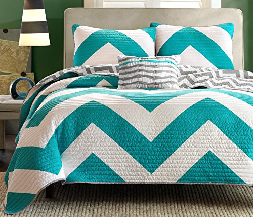 4 Pc Zig Zag Reversible Chevron Bedspread Quilt with Matching Shams and Cushion pillow - Aqua, Black, Pink (Teal/Grey) (Twin Teal Quilt compare prices)