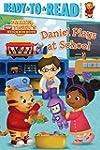 Daniel Plays at School (Daniel Tiger'...