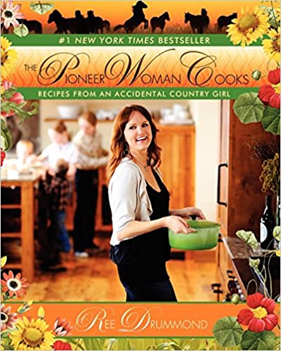 The Pioneer Woman Cooks: Recipes from an Accidental Country Girl: Ree Drummond: 8601300045016: : Books