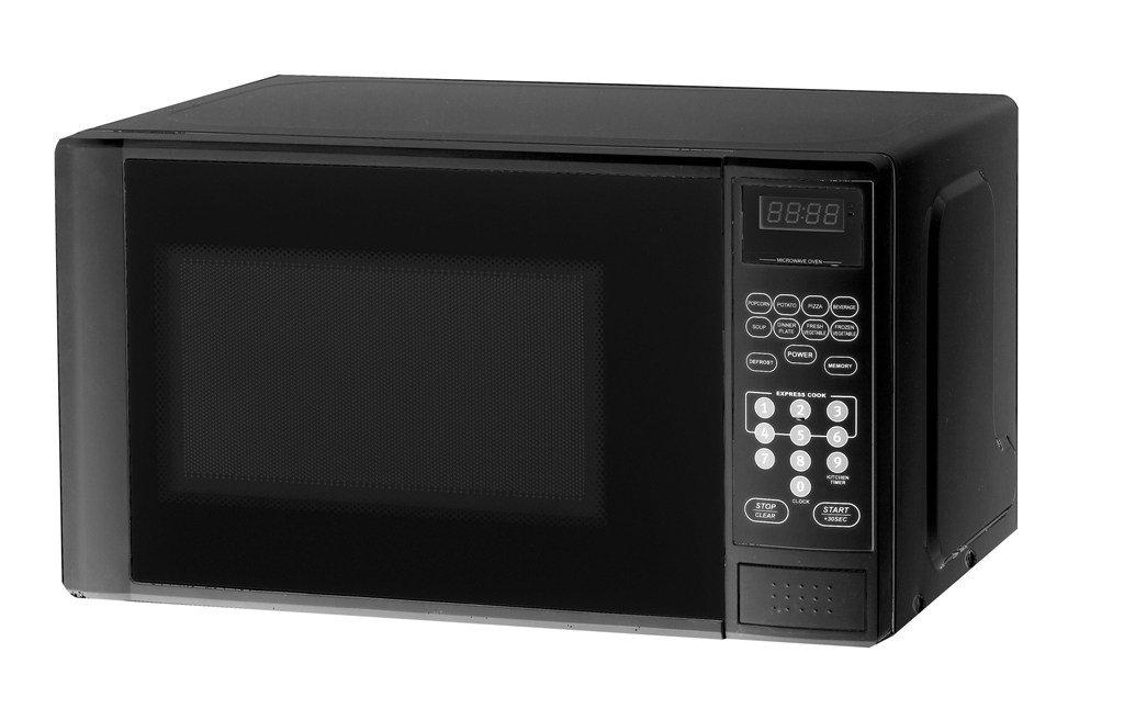 Haier MWM0701TB Compact 2/3-Cubic-Foot 700-Watt Microwave Oven, Black