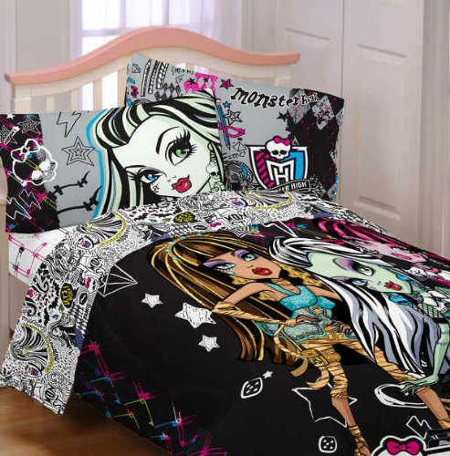 other toys monster high girl 39 s twin comforter sheet set was listed for r6 on 7 feb at. Black Bedroom Furniture Sets. Home Design Ideas