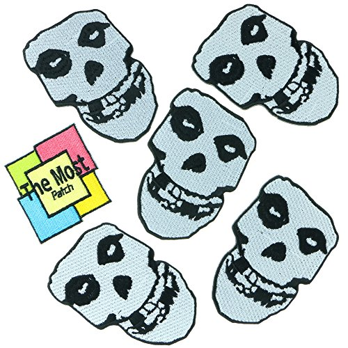 Lot Of 6 pieces White Skull Misfits British Science Comedy TV Comic Team Embroidered Iron/Sew On Patch (Misfits British compare prices)