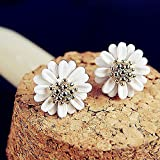 Topstaronline® white chrysanthemum earrings